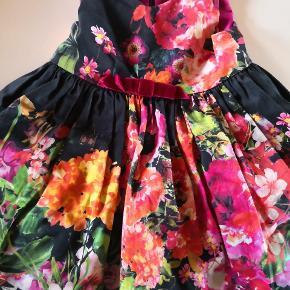 Flot zoë ltd kjole np lige omkring 1200
