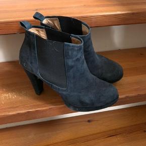 Ganni støvle med høj hæl