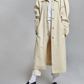The Frankie Shop frakke