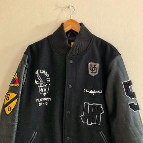 Undefeated jakke