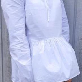 Super fin skjorte med peplum 🌸