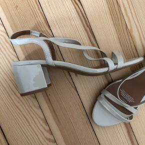 Sandaler med hæl fra h&m