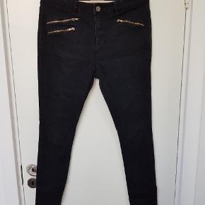 Sorte jeans med stræk fra Dorothy perkins i str. 44/xl
