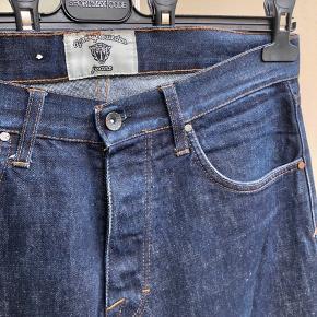 Tiger Of Sweden jeans  Straight fit Str 30/32   Nypris: 900kr  Kan sendes fra/afhentes på Nørrebro