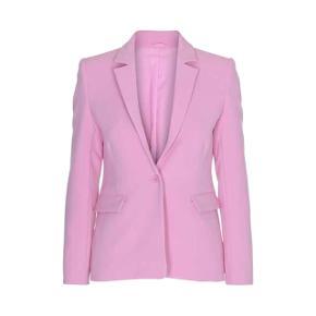 Pink blazer fra 2nd Day - nypris var 2100,- eller 2200,- - sælges kun fordi den er lidt for lille, da jeg er en 38 over skulderne 🎀😢💕