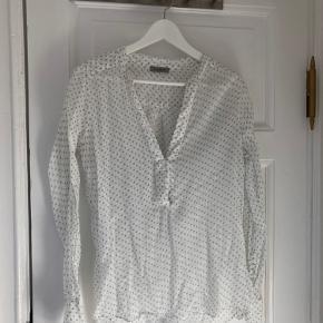 Hunkydory bluse