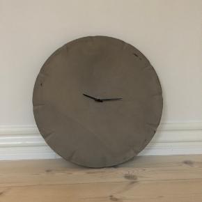 Ilva ur/vægur
