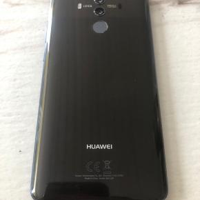 Huawei mate 10 pro sælges, fejler intet den er på 128 gb, der medfølger lader med til den. Skriv hvis du ønsker at vide mere omkring den.
