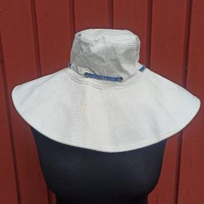 Esprit hat & hue