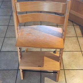 Har 2 stk. 50 kr pr stol