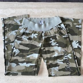 Lækre sweatpants fra Better bodies i str small sælges.  De er aldrig brugt, blot vasket.  Nypris 650,-