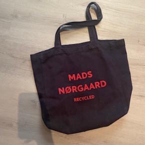 Mads Nørgaard taske