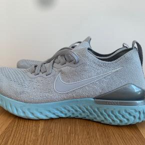 Nike Epic React Flyknit 2 Løbesko Dame. Som nye. Brugt 2-3 km.