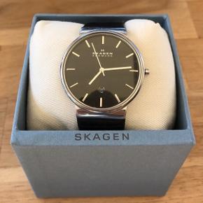 Skagen ur i flot og elegant design Ny rem Nyt batteri Få brugstegn Mp 700kr