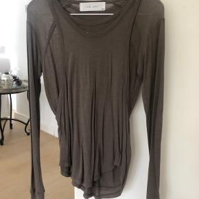 Sælger denne Iro trøje, som har to lag. en langærmet og en top udover.  Str 34  Nypris var ca 1400kr Mindstepris 400kr