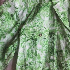 Ganni Spring Summer 2020  Printed Cotton Poplin - Island Green Oversized Shirt S/M