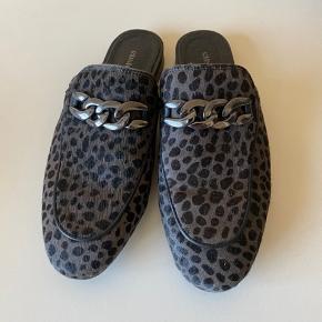 Lækker leopard sko i grå/sort👍brugt 10 gange men er i pæn stand 👍