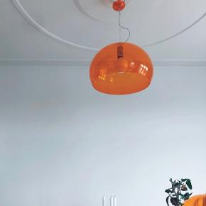 Orange Kartell lampe
