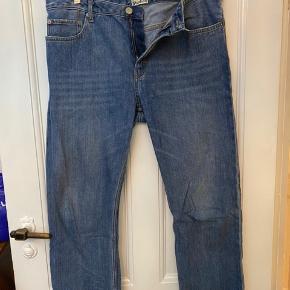 Acne jeans i boyfriend snit. Str. 38/40