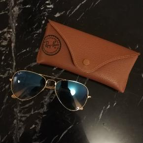Ray ban i blå nuancer. Str 55 (s)