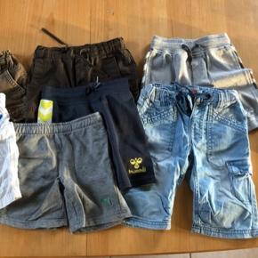 Drenge shorts fra str 80-104 sælges for 100kr  Mærker som Hummel, puma,name it og h&m. Afhentes 6752 Glejbjerg