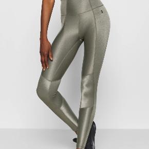 Good American bukser & tights