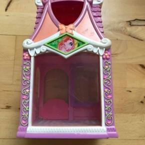 My little pony hus, fejler ingenting, har brugstegn, fra røgfrit hjem.