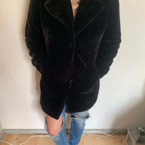 Primark pels- & skindjakke