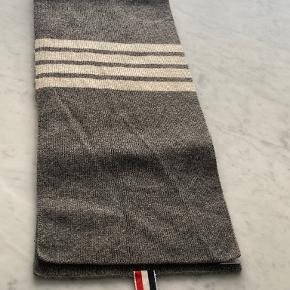 Thom Browne anden accessory