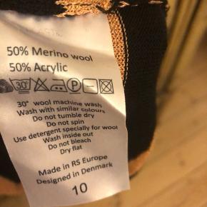 Cool bluse i super flot stand brugt 5/6 gange