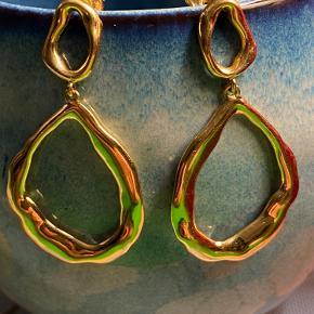 Flotte Pernille Corydon Gaia guld øreringe, str. 40mm, uden brugstegn.