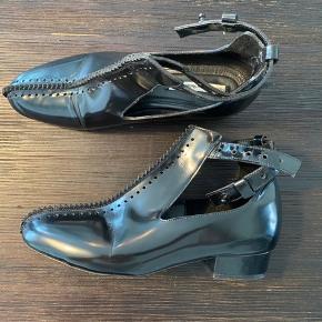 Mega sprøde sko i læder som desværre ikke passer min fod 🙇🏼♀️