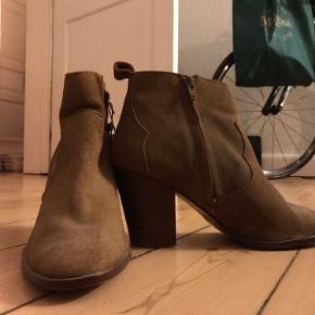 Violeta by MANGO heels