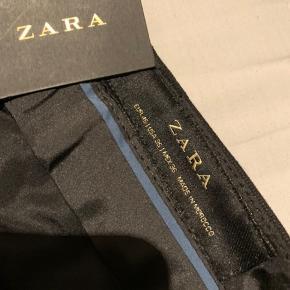 Helt nye fine ZARA bukser. Byd