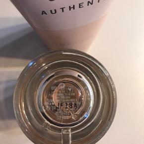 Sælger min Abercrombie & Fitch 50 ml parfume med tilhørende 100 ml bodylotion Helt ny og ubrugt - fået i gave for 3 uger siden🌸