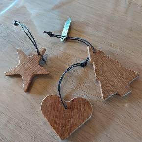 3 jule ophæng i teak træ..har hængt oppe et par gange ...men som ny Sælges samlet Undgået vare