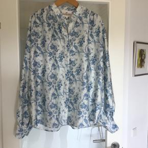 Karmamia skjorte