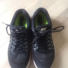 Nike pegasus løbesko str.38.5 God stand