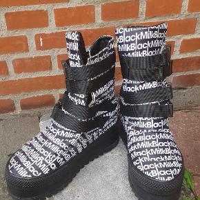 Black Milk støvler