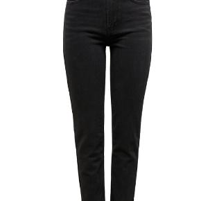 Second Female jeans