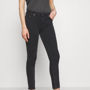 Blanche Jeans