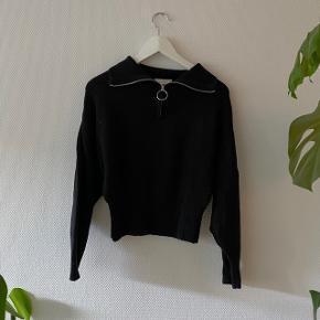 Fin sort H&M strik med lynlås detalje ✨ #Secondchancesummer