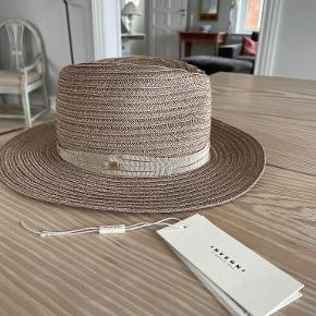Inverni hat & hue