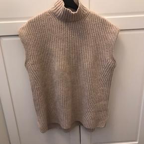 ganni sweater, brugt en gang