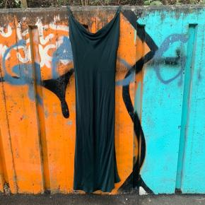 Kjole fra Zara i str. xs 🤩