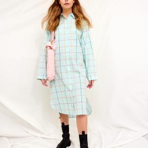 Hunkøn Anden kjole & nederdel