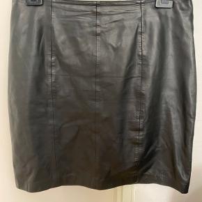 2-Biz nederdel