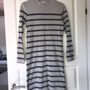 Henri Lloyd kjole