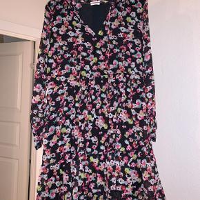 Maché Copenhagen kjole