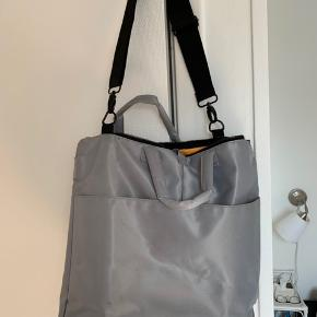 Flot og rummelig Mads Nørgaard taske. Ikke tydelige tegn på brug   #Secondchancesummer